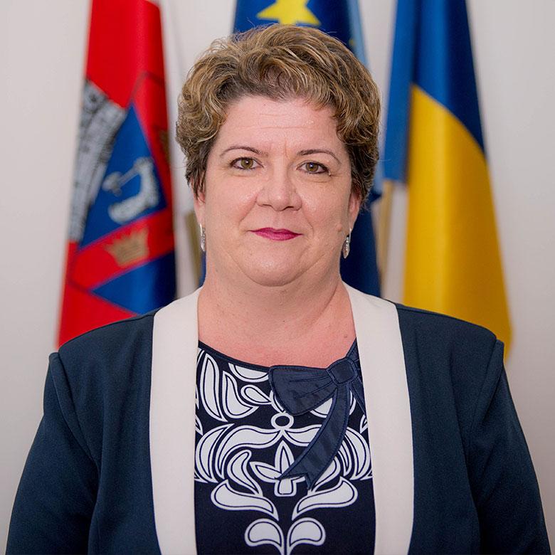 Paula-Mic---Secretarul-Municipiului-Turda---foto